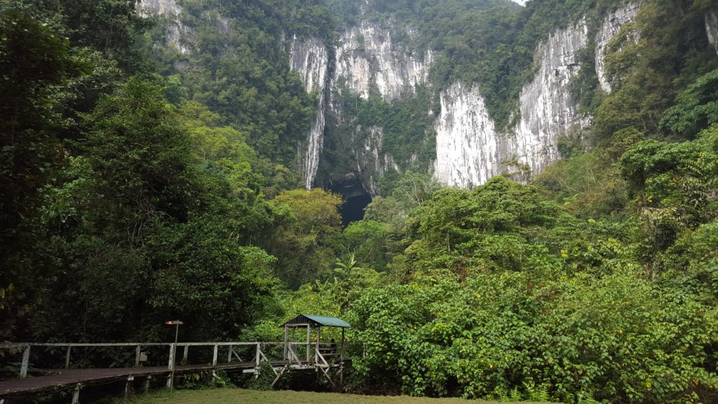 Gunung Mulu National Park - Walkway leading up to Deer Cave