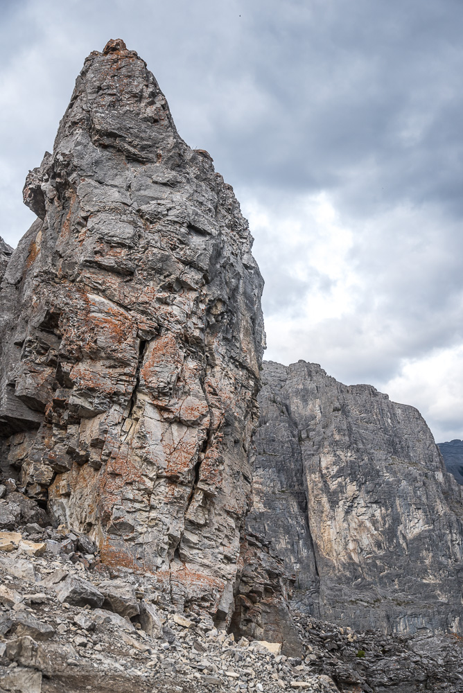 Rock wall on Yamnuska